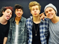 Promo�ão  5 Seconds Of Summer - Você em Hollywood com o 5 Seconds Of Summer ao vivo! - mixfm.com.br