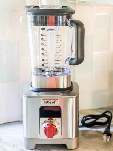 Wolf Gourmet Blender Giveaway - AvocadoPesto