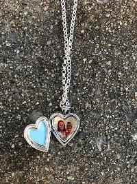 Mommyhood Chornicles - Locket Necklace Giveaway - Mommyhood Chronicles