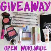 Holiday Makeup Giveaway WW Jan/05 - Cosmetopia Digest